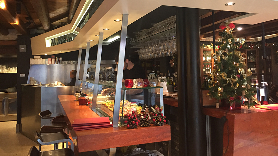 Vinous Table A Guide To Venice S Best Bacari Venice Italy