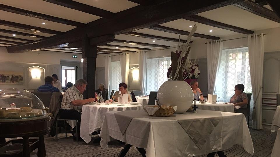 Vinous Table Restaurant Koehler Auberge Du Cheval Blanc